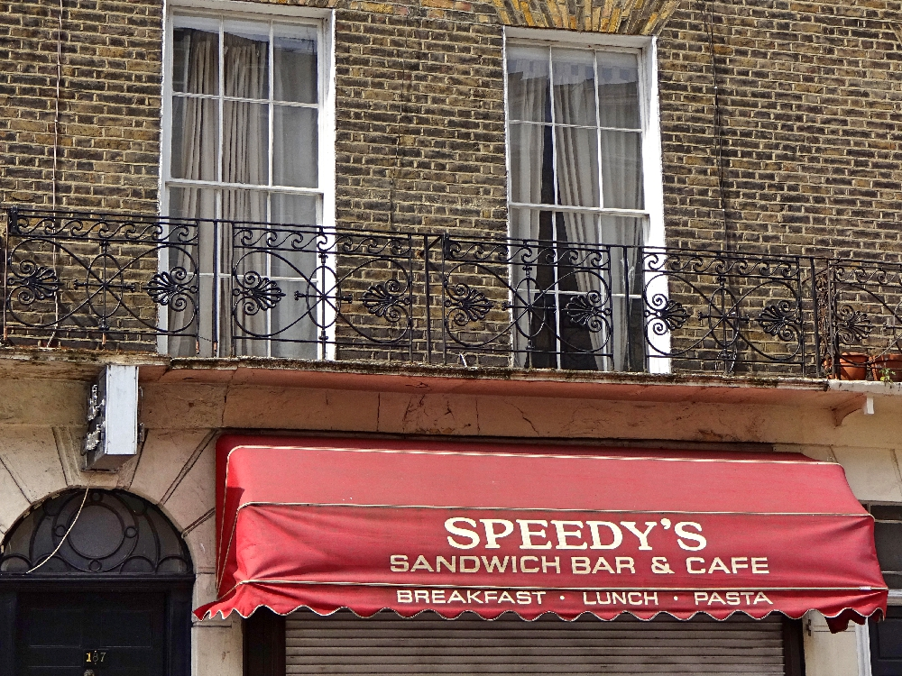 speedys-bar-cafe-sherlock-drehort-london