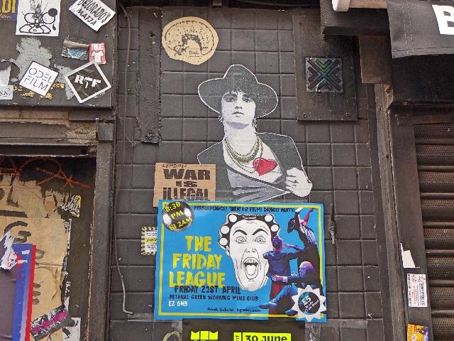 war-is-illegal-street-art