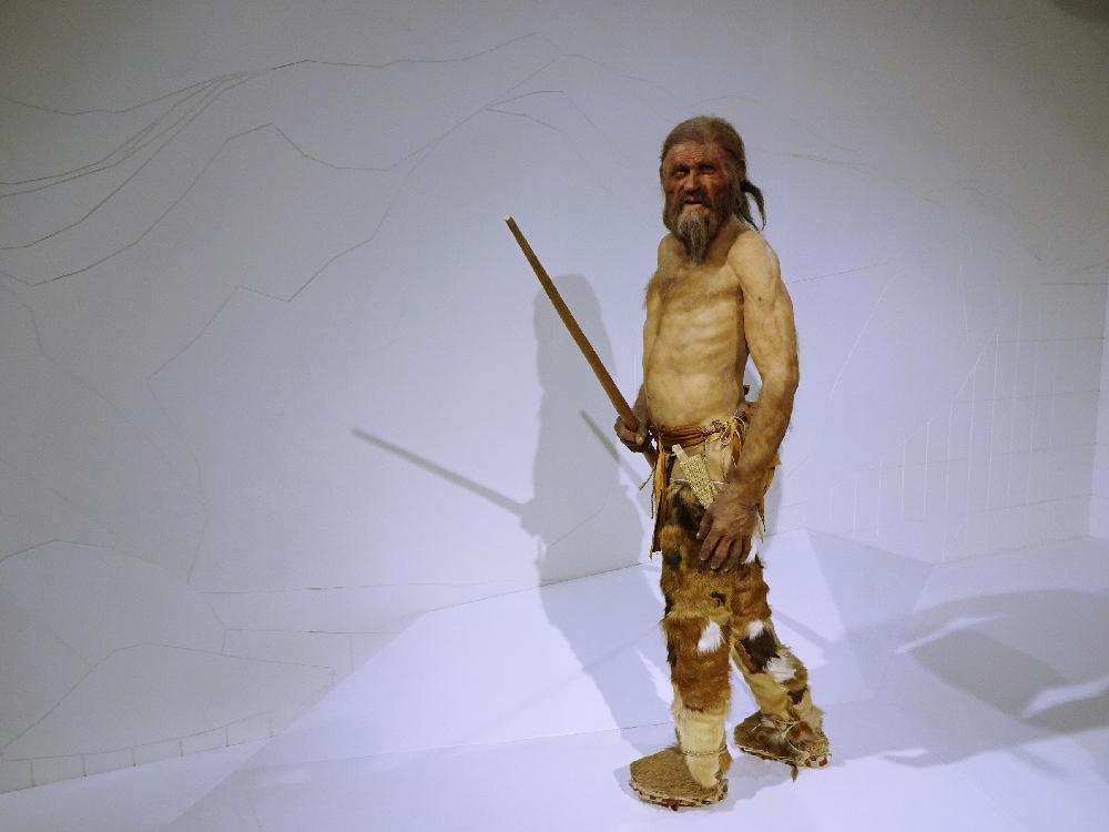 ötzi-archäologiemuseum-bozen
