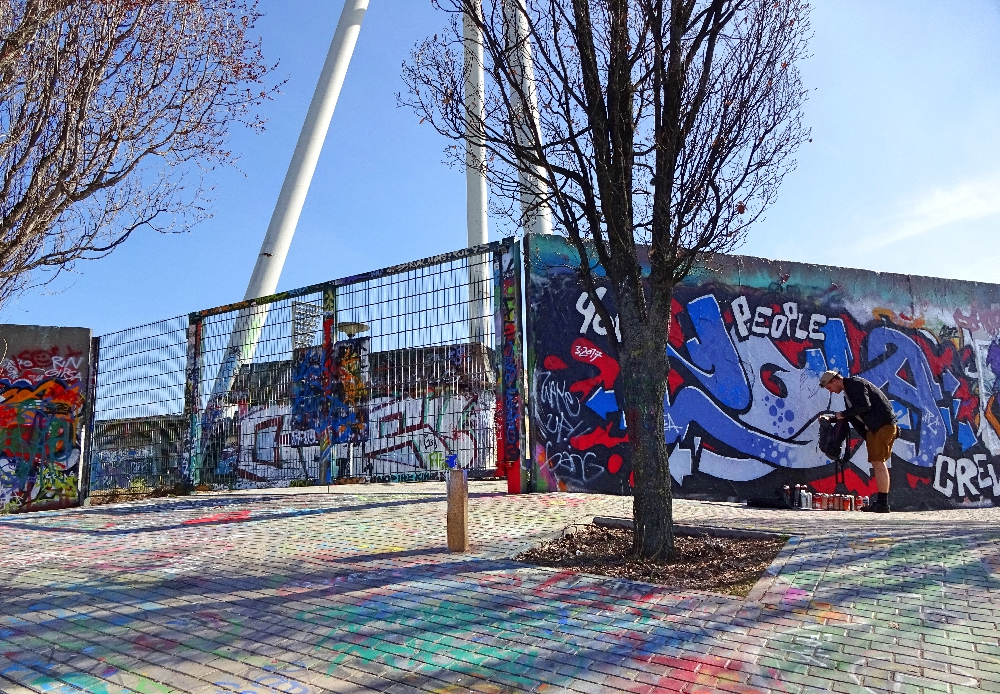 mauerpark-graffiti
