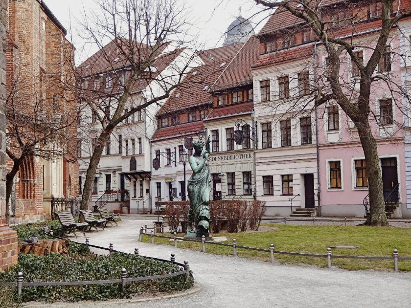 nikolaiviertel-berlin