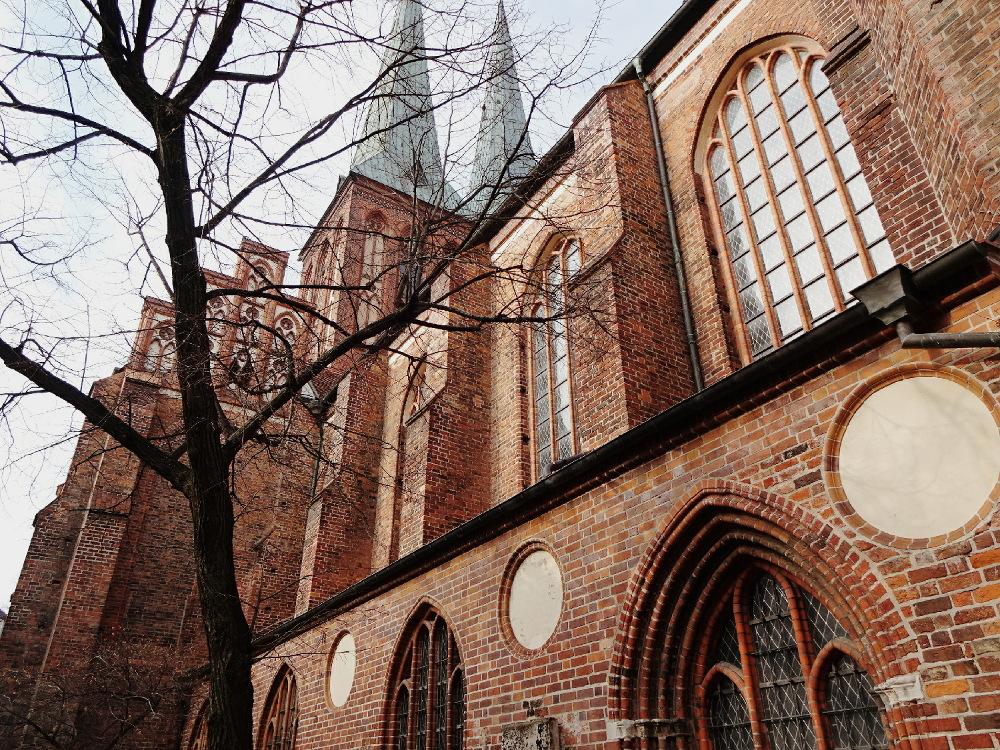 besuch-im-nikolaiviertel-nikolaikirche