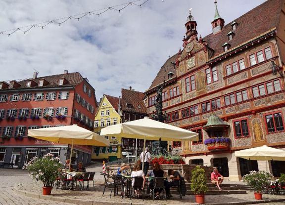 cafe-auf-marktplatz