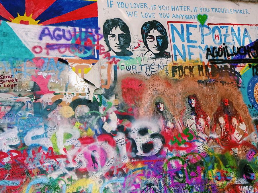 john-lennon-mauer-graffiti