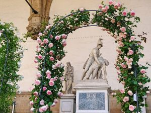 loggia-dei-lanzi-skulpturen