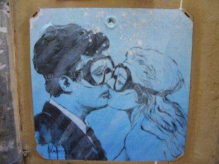 küssendes-paar-unter-wasser