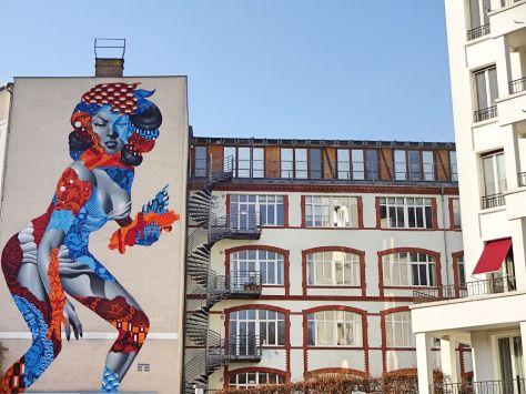 street-art-mural-frau-am-volkspark
