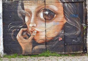 street-art-mädchen-gesicht