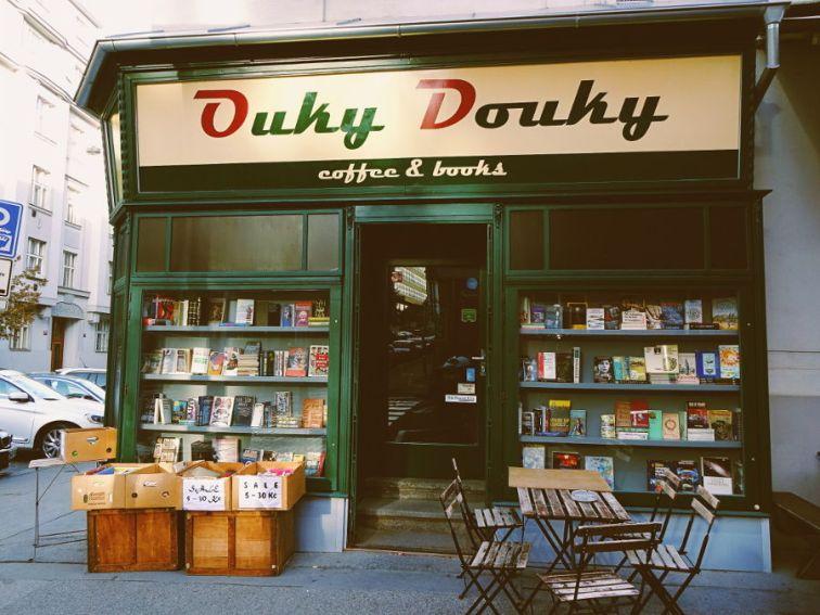 ouky-douky-antiquariat