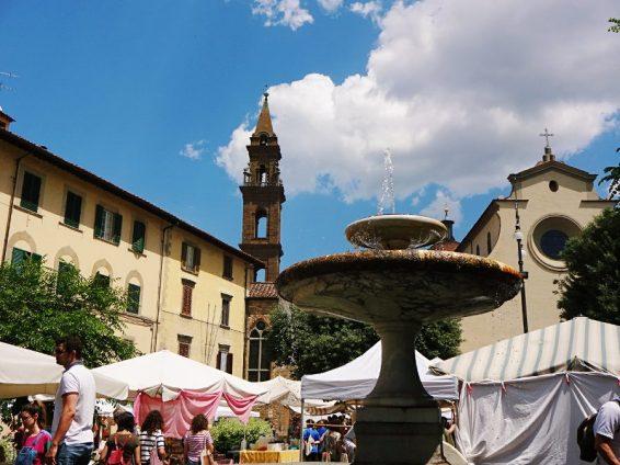 biomarkt-mercato-santo-spirito-in-florenz